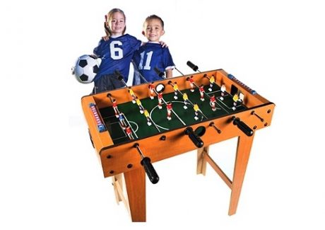 Et bordfodboldbord kan holde til mødet med den dårlige taber